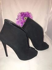 Steve Madden Black Stellth Ankle Booties Suede Leather Heel Shoes Size 8
