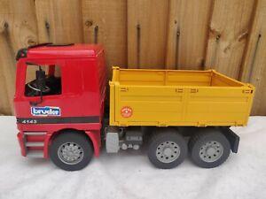 Bruder - Mercedes Actros 4143 - 6 wheeled Tipper Truck Lorry - huge 1/16
