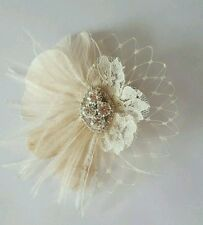 Small ivory Fascinator, Wedding Hair Clip,  Hairpiece, Feather Hair clip