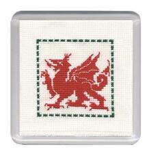 Galés Dragón Coaster Cross Stitch Kit por herencia textil