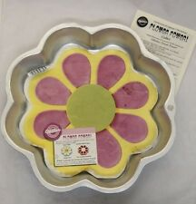 Flower Power Cake Pan from Wilton #3055 - Clearance