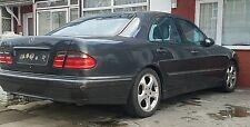 Mercedes w210 E Class E240 v6 petrol breaking (if bid you will get 5 amp fuse)