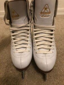 Jackson Artiste Figure Skates Size 4 Mark IV Blades