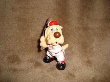 "Wrinkles Ganz Bros 1985 PVC Figure Baseball Dog cream coloured dog 2.25"""