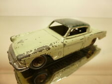 DINKY TOYS 24C STUDEBAKER COMMANDER - TWO TONE GREEN 1:43 - GOOD CONDITION