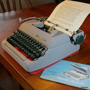 1957 Smith-Corona Silent-Super typewriter w/case, new ribbon: working perfectly.