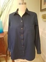 Old Navy Women's Sz M Classic Blue Relaxed Chambray Shirt Dark Wash Long Sleeves