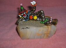 Vintage Ron Lee Pinky Clown Lying Down & Waving Onys 1982 Hand Painted Signed