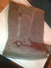 Beautiful Girls/ladies Fur Lined Skechers Boots Size 2 New Shop Clearance
