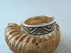 Relios Carolyn Pollack Oxidized Sterling Silver Aztec Designs Band Ring   RE25A7