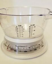 Vintage Weight Watchers Round Food Scale and measuring bowl. Works great!