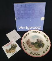 Wedgwood 1980 Queen's Ware Christmas Plate 'Windsor Castle' | FREE Delivery UK*