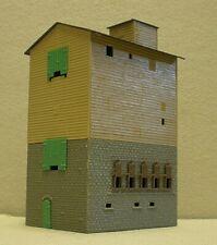 Vintage Plastic HO Building - Warehouse (B55)