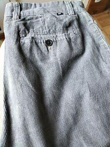 Pantalon velours cotelé homme