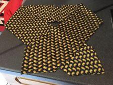 Hemely Men's 100% Silk Dress Scarf / Cravat Navy Blue & Gold  Paisley Design