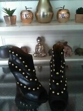 Impresionante Negro Cuero Tachonado Zapato Bota By Nine West – UK Size 4