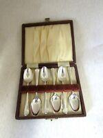 Solid Silver   Box of 6 HANOVERIAN TEASPOONS  Hallmarked  SHEFFIELD 1951