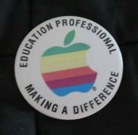 Vintage APPLE Computer Industry Trade Show Pinback Button PIN Education Rare