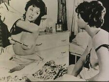 FREE SHIPPING! Vintage 1990s rare B&W semi-nude DANGEROUS LOVE! lesbian interest
