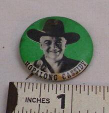 HOPALONG CASSIDY COWBOY PINBACK BUTTON WESTERN TV SHOW NOVELTY IN GREEN 1950s