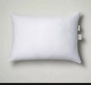 "20""x28"" Standard/Queen Machine Washable Firm Down Alternative Pillow - Casaluna"