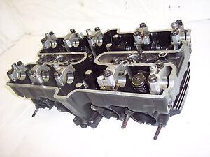 85 86 87 KAWASAKI ZX600 ZX 600 A3 NINJA MOTOR ENGINE TOP END VALVE CYLINDER HEAD