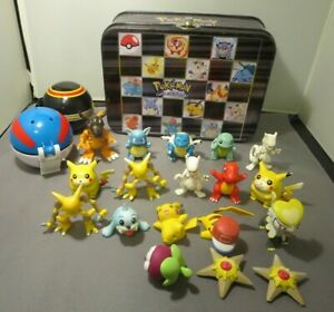 Vintage Pokemon LOT 18 TOMY- NINTENDO-Bandi,  Mini Figures, Tin case -Balls