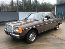 Mercedes-Benz W123 200 - TÜV + H Neu - LPG - TOP Sammlerzustand Oldtimer