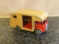 VINTAGE LESNEY MATCHBOX No.35 ERF MARSHALL HORSE BOX MK7 RED CAB & TAN BODY