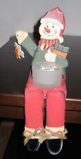 Lustiger Kantenhocker-Schneemann aus Holz mit Teelichtglas (Windlicht)