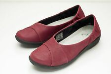 Clarks 8.5 Red Ballet Flats Woman's Slip On