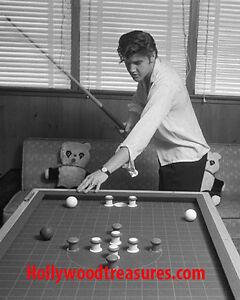 "Elvis Presley~Shooting Pool~Pool Hall~Billiards~#1~Poster~16"" x 20"" Photo"