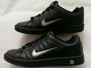 Boys Nike Court Tradition Trainers Size  UK 5