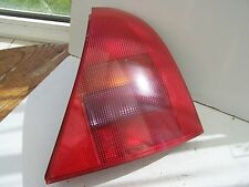 Renault Clio (1998-2001) Drivers Rear Light