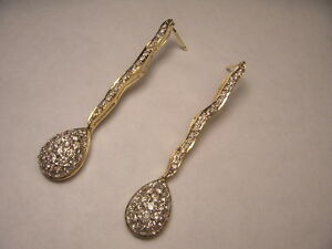 Stunning Estate 18K Yellow Gold Diamond Hanging Drop Chandelier Dangle Earrings