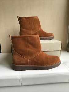 Clarks Tan Suede Boots Size Uk 4 Euro 37 D Fitting Drafty Day