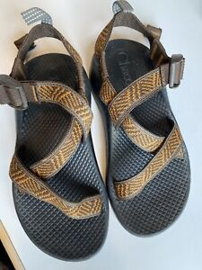 CHACO Z/1 Ecotread Sandals  Youth Size 1 Boys/Girls Unisex brown Clean! Nice!