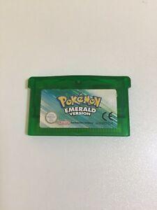 Nitendo Pokemon Emerald Gameboy