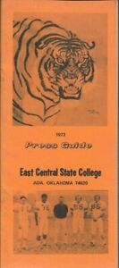 1973 EAST CENTRAL STATE TIGERS FOOTBALL media guide, Coach Pat O'Neal, Near Mint