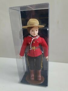 Christmas gift Canadian Mountie police Costume Doll Vintage Avonlea collectors
