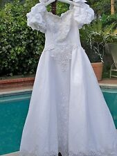 White Satin Lace Embellished with Beads Pearls Wedding Dress Gown & Train