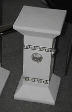 Weiss Silber Säule Tisch Säulen Medusa Modern Kunstharz Podest  1035 NEW