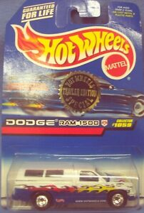 Hot Wheels Trailer Edition Dodge Ram 1500 Blue & White 1/64 scale