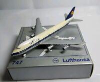 SCHABAK 1:600 SCALE DIECAST LUFTHANSA BOEING 747 - 901/1