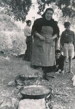 ÎLE DE MAJORQUE c. 1935 -Femme Cuisinant  Monastère de Lluc Espagne - P 506