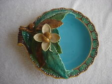 Minton. Palissy Antique. Majolica chestnut server.