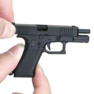 2021 New G-45 Tatical Pistol 1:3 Reduced Model Keychain Gift Pendant Detachable
