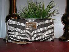 Michael Kors Vanilla Jet Set Tiger Continental Zip Around Signature Wallet nwt