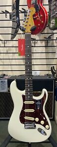 FENDER PRO II STRATOCASTER, R/W NECK, OLYMPIC WHITE NEW