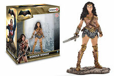 "WONDER WOMAN statua in PVC - JUSTICE LEAGUE ""Schleich"" Static Figure 10 cm"